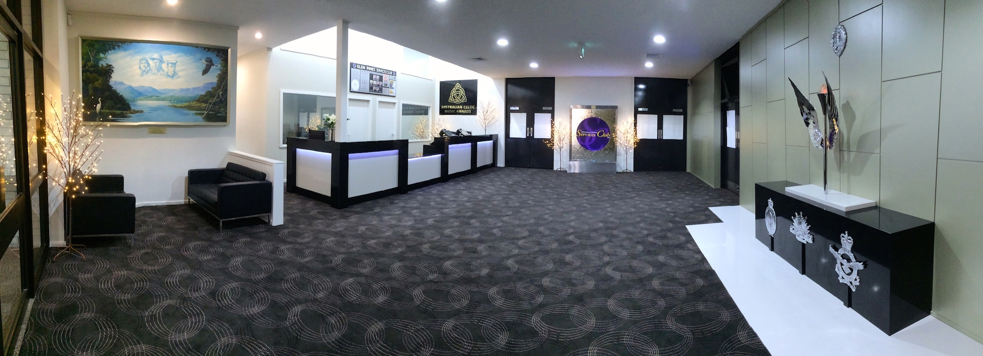 Glen Innes & District Services Club foyer